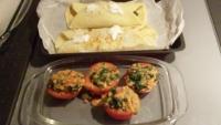 Crepes salate con salsa di pomodoro e pan grattato