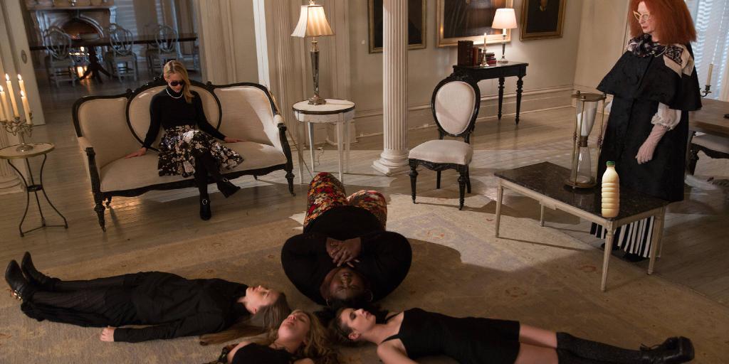 "Il Latte in ""American Horror Story"" Stagione 3 - Coven (2013)"
