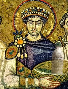 Imperatore Giustiniano e il Latte nella Basilica di San Vitale a Ravenna