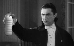 iL Latte e Bela Lugosi in Dracula (1931)