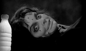 """Il Latte in """"Black Sunday"""" (1960) di Mario Bava"""